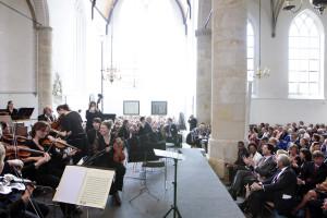 Nederland. Naarden 22 april 2011. Minister President Rutte zit in de Grote Kerk in Naarden voor aanvang van de Matthaus Passion. Flickr