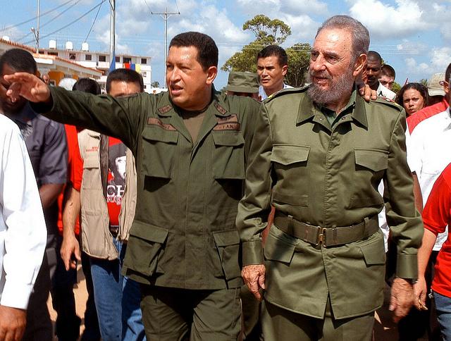 Twee vrienden: De Venezolaan Chavez en Fidel Castro (r). Flickr/ Antonio Segovia